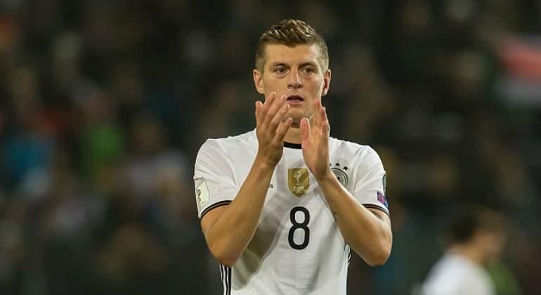 Toni Kroos sufre fractura y será baja con Real Madrid