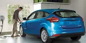 Ford presenta un Focus eléctrico con más autonomía y carga rápida