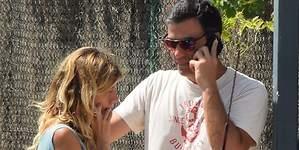 Pedro Sánchez llora las penas en Los Ángeles