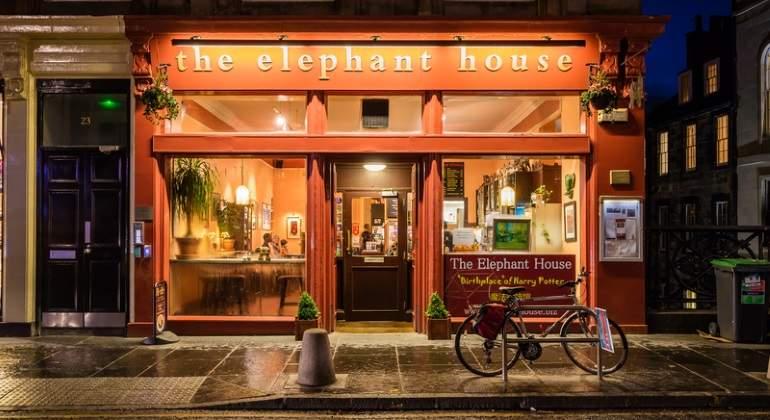 En estas cafeterías nacieron grandes libros