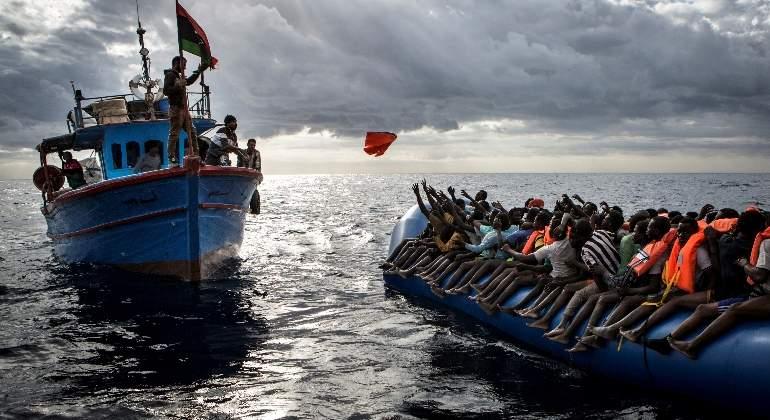 Rescatados más de mil inmigrantes en nueve operaciones en el Mediterráneo