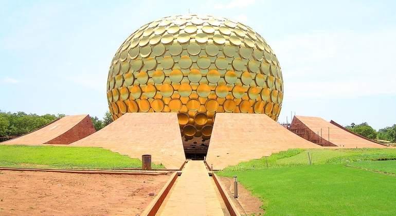 Auroville, la ciudad en la que el dinero no vale para nada