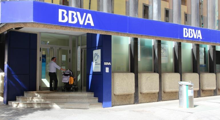La banca espa ola redujo sus oficinas en 2015 a niveles de for Oficinas bbva barcelona