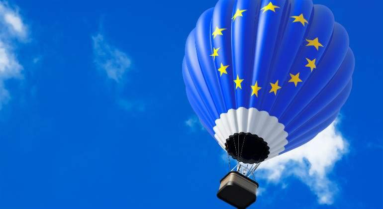 europa-globo-bandera-dreamstime.jpg