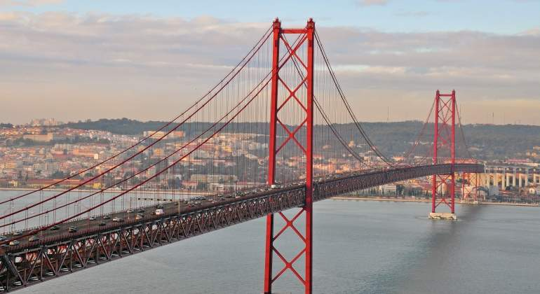 puente-25abril-lisboa-dreamstime.jpg