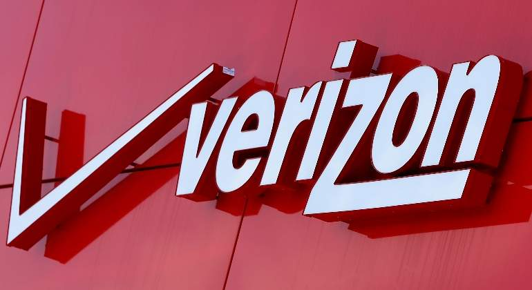 verizon-logo-reuters.jpg