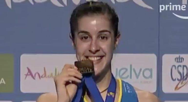 carolina-marin-amazon.jpg