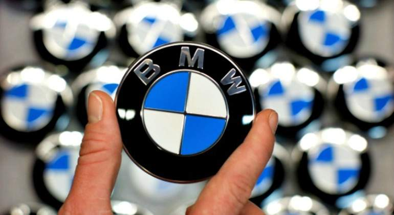 BMW-770.jpg