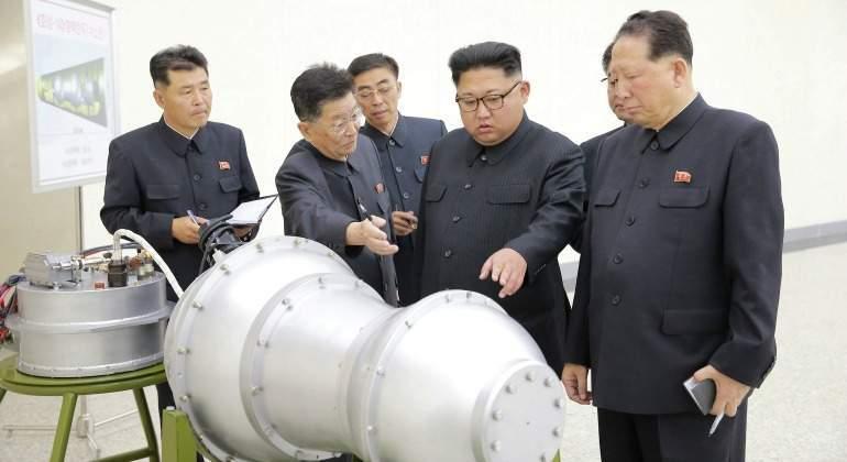 Corea del Norte festeja aniversario y prueba de bomba