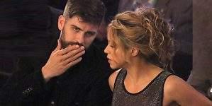 Shakira, arropada por Piqué antes de pasar por quirófano