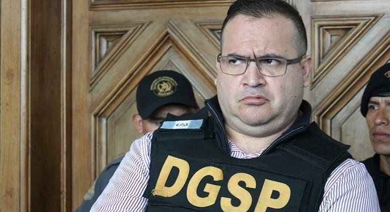 Defiende a Javier Duarte el abogado de Gordillo