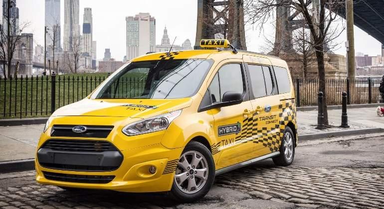 ford-taxi-hibrido.jpg