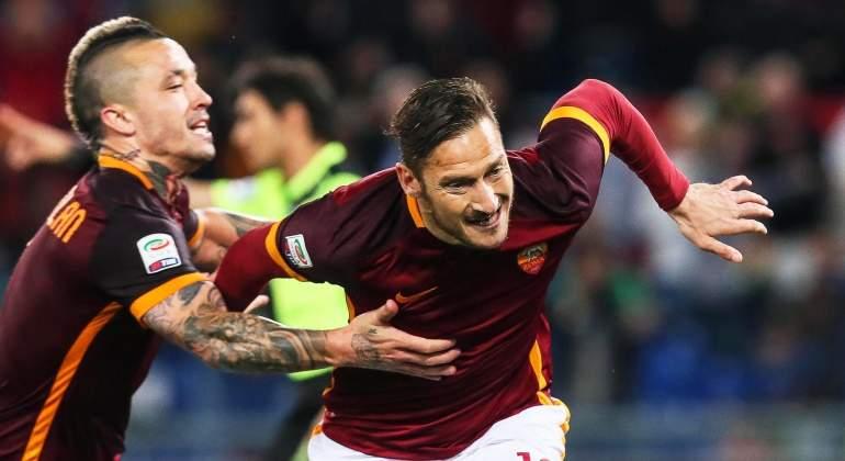Totti-celebra-roma-2016-EFE.jpg