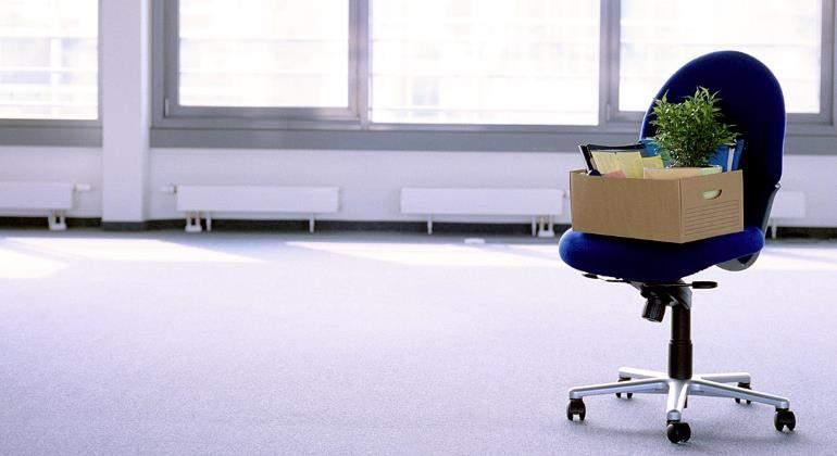 oficina-vacia-caja-despido-770.jpg