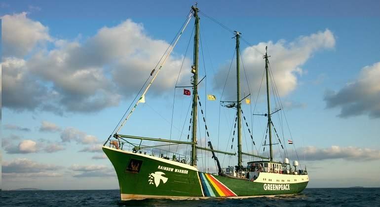 GreenpeaceBarco770.jpg