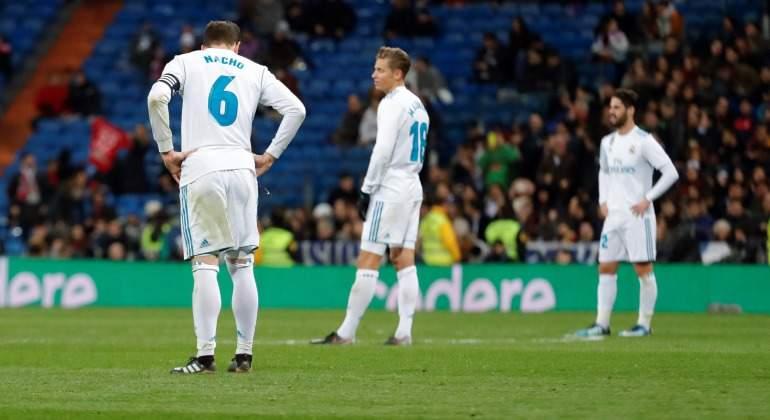 Real-Madrid-Jugadores-fastidiados-Copa-Numancia-EFE-2018.jpg
