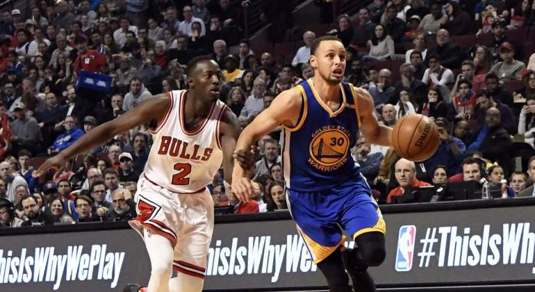 Curry-Bulls-Reuters-2017.jpg