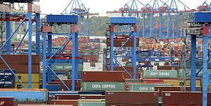 Puertos chilenos se comprometen con la seguridad laboral de sus trabajadores