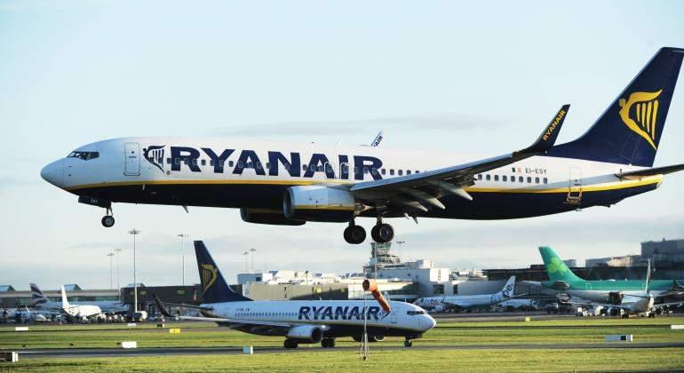 ryanair-aviones-aeropuerto-770-efe.jpg