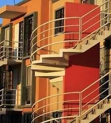 El comprador de vivienda debe ser parte en procesos de licencia