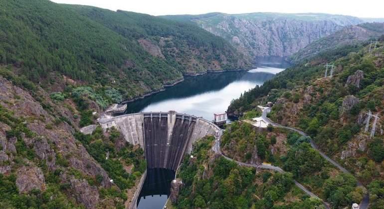 iberdrola-hidroelectrica-san-esteban.jpg