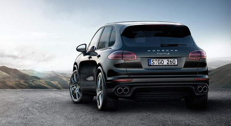 porsche-cayenne-s-PlatinumEdition-2017-02.jpg