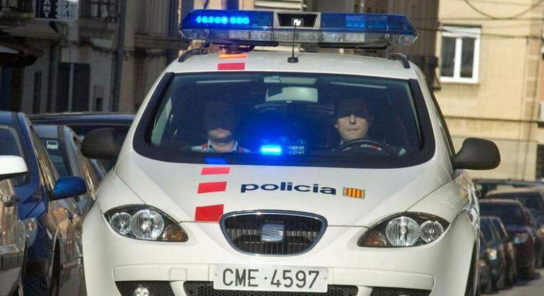 policia-cataluna-coche-general.jpg