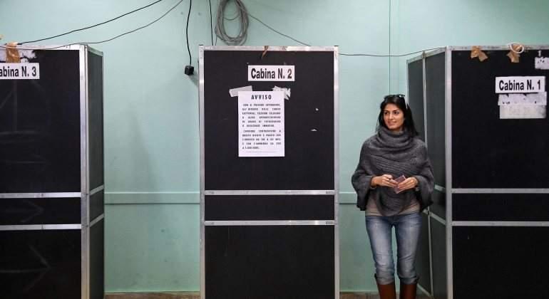 italia-referendum-alcaldesa-roma.jpg