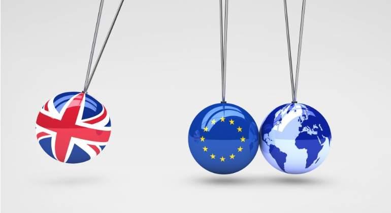 brexit-bolas-dreamstime.jpg