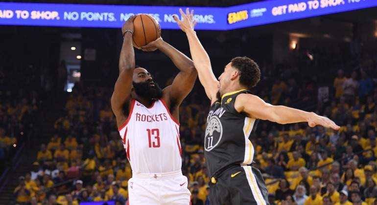 Harden-salto-2018-Usa-Today-Warriors.jpg