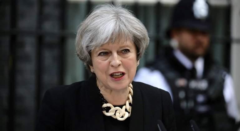 May anunció duras medidas contra el terrorismo y mantiene las elecciones