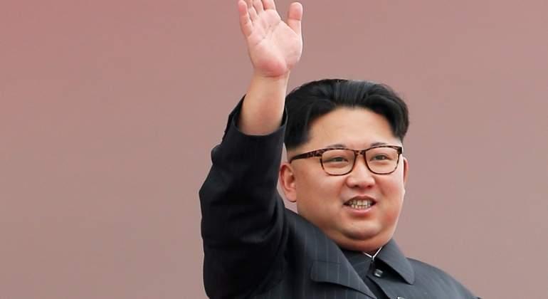 Kim Jong Un recalca que el último lanzamiento de un misil ha sido un gran éxito