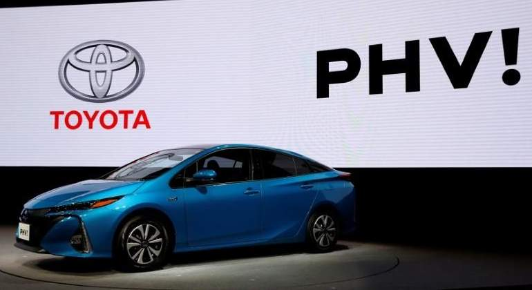 toyota-prius-enchufable-reuters.jpg