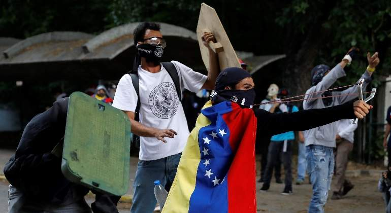 venezuela-protestas-tirachinas-reuters.jpg