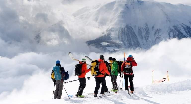 alud-avalancha-esquiadores-alpes-reuters.jpg