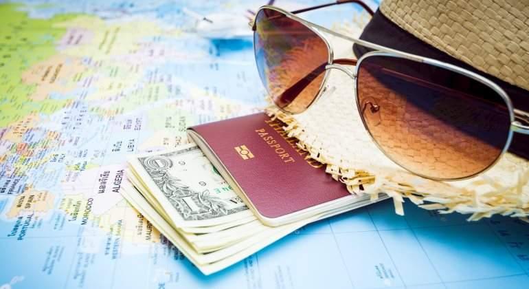 vacaciones-dinero-pasaporte-mapa-770-dreamstime.jpg