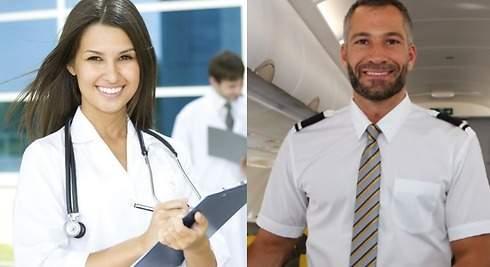 Doctoras y azafatos, los que más triunfan en Tinder