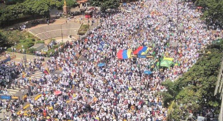 Maduro llama a refundar la ONU en la Cumbre Mnoal