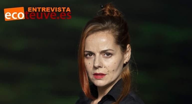 Ekaterina Chica Interviues Desnuda En La Portada De Interviú