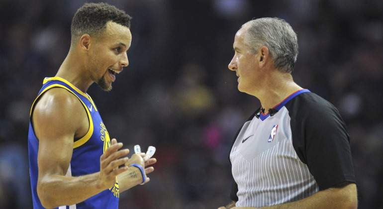 Curry-Charla-Arbitro-2017-Reuters.jpg