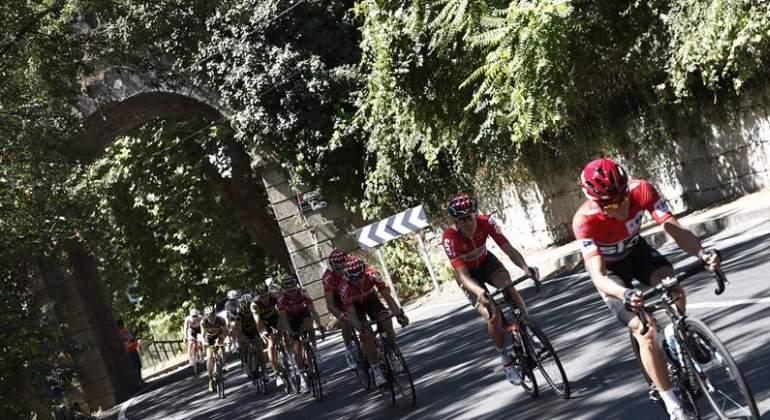 Primera victoria española de la Vuelta: David de la Cruz gana en la subida al Naranco y es el nuevo líder