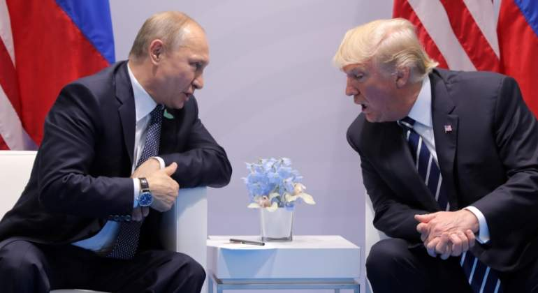 putin-trump-reunion-reuters.jpg