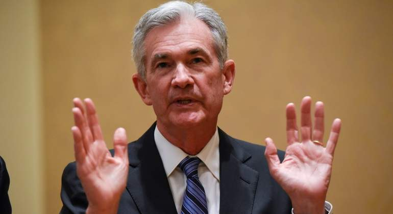 jerome-powell-manos-arriba.jpg