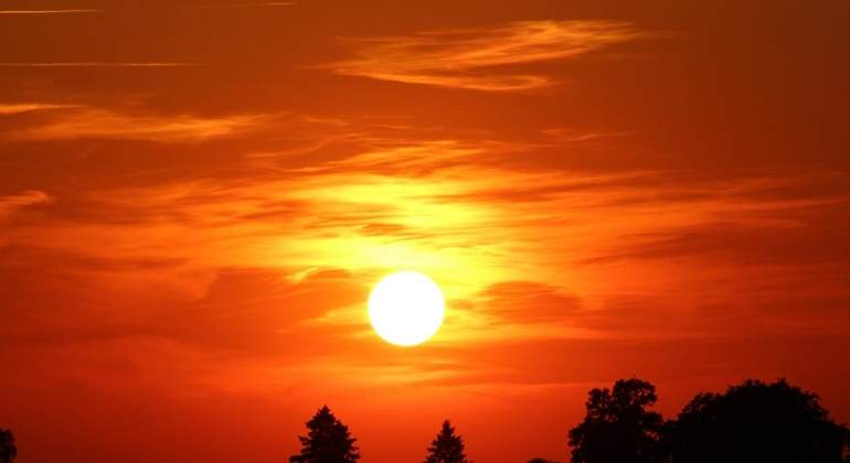 ESTUDIO EN CANADA: Establecen la velocidad del Sol en 240 kilómetros por segundo
