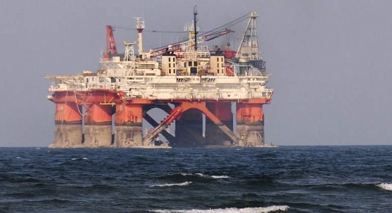 Plataforma-petrolera-Reuters.jpg