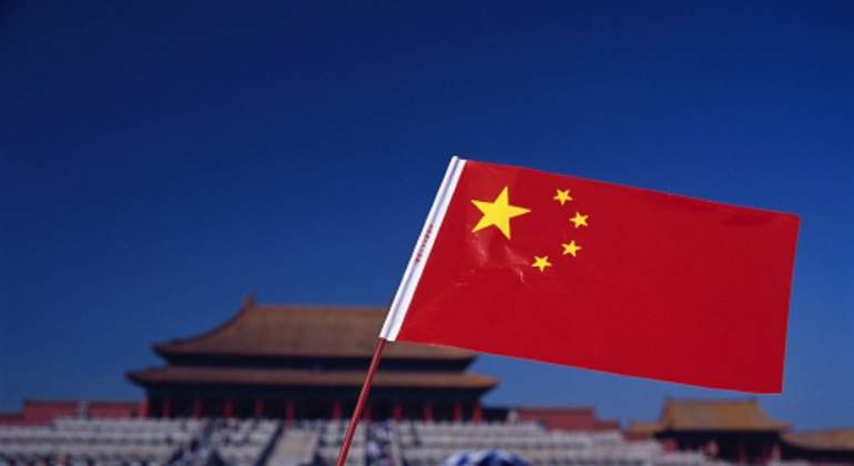 china-bandera-plaza.jpg