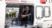 Alessandro-Profumo-CEO-Leonardo-a-bordo-de-un-helicoptero-AW169-en-2017-770x420-Reuters.png