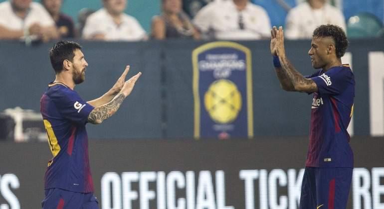 Messi-Neymar-saludo-Clasico-Miami-2017-reuters.jpg