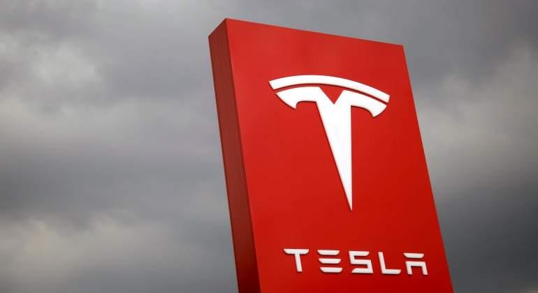 Tesla-reuters-770.jpg