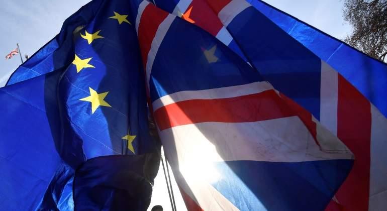 El parlamento británico bloquea los preparativos del Gobierno para un Brexit duro